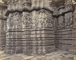Views in Mysore. Ruined temple of Hallabeed [Hoysalesvara Temple, Halebid]. Detail of carving on west face 212629